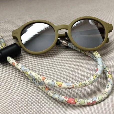 Colgador de gafas flores cordón niña