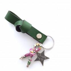 Llavero nudo cuero + lazo flores + estrella personalizada